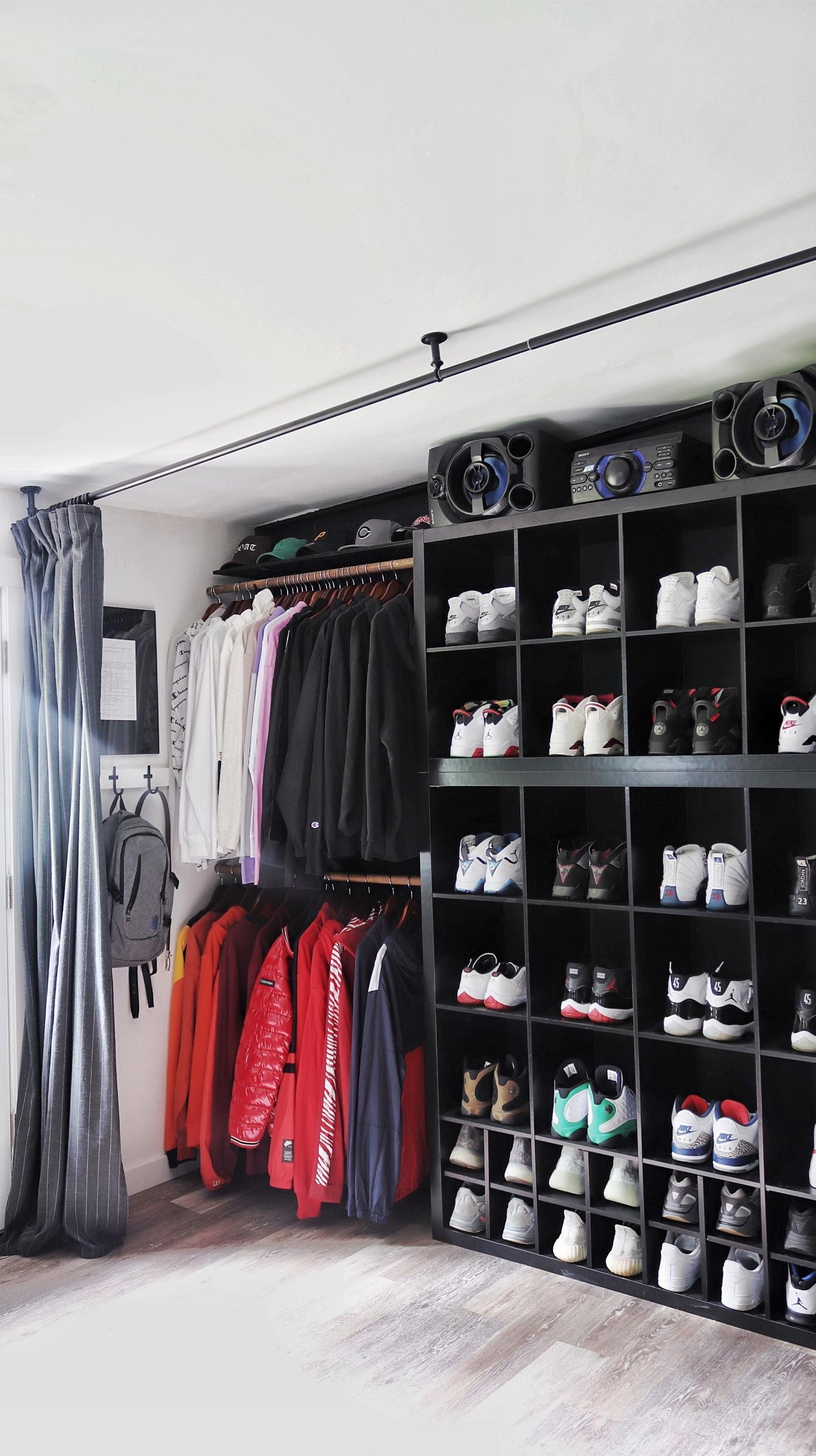 Open Concept Closet Teen Boy's Room